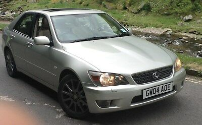 2004 silver LEXUS IS 200, Clifford with remote start MOT Feb 2018 Full service