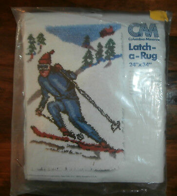 """Columbia Minerva Latch-A-Rug Canvas 24"""" x 34"""" Skier Winter Snow Mountains"""