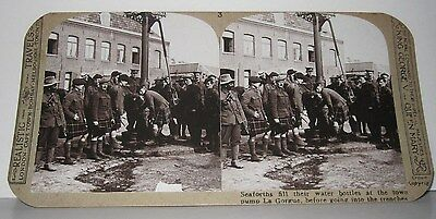 Wwi Stereoview - Seaforths At Town Pump La Gorgue - Realistic Travels