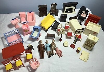 Big Lot Renwal & Ideal Doll House Furniture & People Antique Vintage 35+ pieces