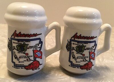Set of 2 White Ceramic Arkansas Souvenir Salt and Pepper Shaker Map on fronts