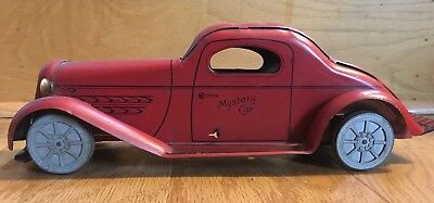 Vintage Wolverine Friction Tin Mystery Car! Works