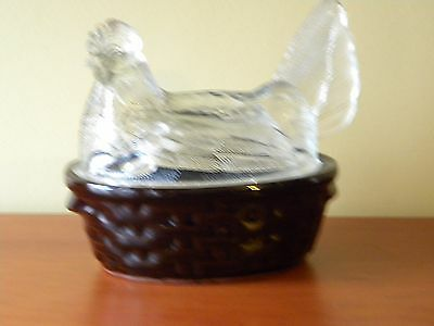 Glass Serving Dish With Lid – Lid With Hen Sitting On Nest
