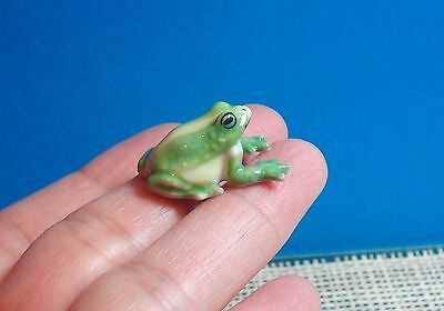Green Frog Porcelain Miniature Figurine