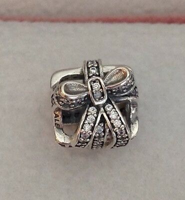 Pandora All Wrapped Up Charm  # 791766CZ