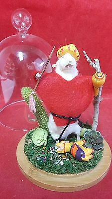 SALE*Taxidermy Mexican Mouse Display-Anthropomorphic/diorama/moroccas-pinata