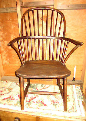 Antique 18th century Windsor elm arm-chair, probably English, solid condition