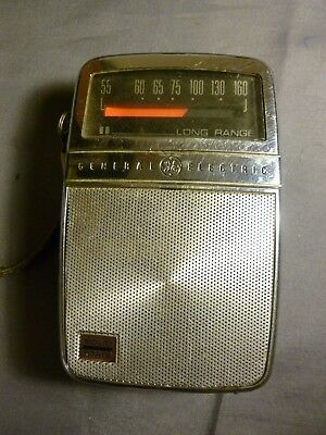 General Electric P2710 Transistor Radio Solid State Long Range Hand Held 1960's