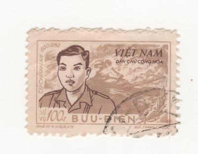 1956 North VIETNAM 100d. Sepia & Drab CU CHINH LAN Comm. stamp SG#NO52  USED