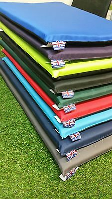 !waterproof! Dog Crate Mat With Polypad Inner Various Colours & Dog Pawprint