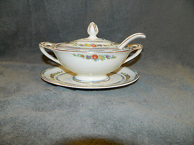 J & G Meakin Sol 391413 Individual Tureen with Underplate and Ladle