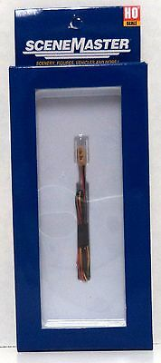 HO Scale Walthers SceneMaster 949-4366 1960s Hanging Powered Traffic Light