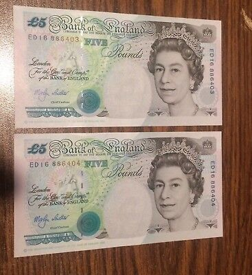 Pair of consecutive 1999 £5 England Notes. Nice uncirculated condition.