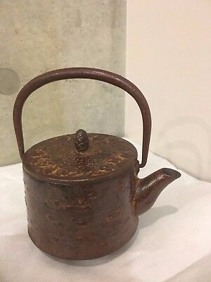 Antique-Signed-Vintage-Old-Japanese-Cast-Iron-Tetsubin-Teapot-Tea-Kettle