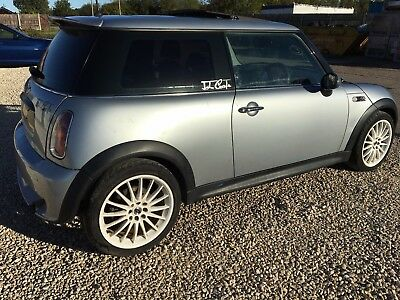 BMW Mini Cooper 2003 R50 BREAKING  PARTS SPARES * OS Window Glass * #2