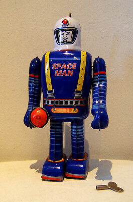 Tintoy, Blech-Roboter, Space Toy, Space Man, 23 cm, Uhrwerk ok., Made in China.