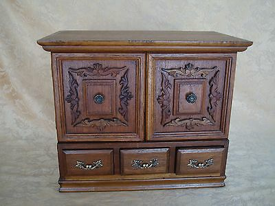 Large Vintage Solid Wood Hand Crafted Jewelry Box Craved Decoration Brass Pulls