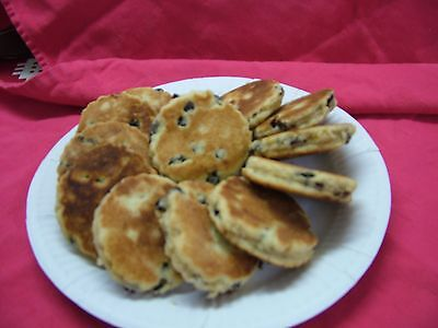 Home made Cakes+Biscuits -12  CACEN GRI -  12 WELSH CAKES
