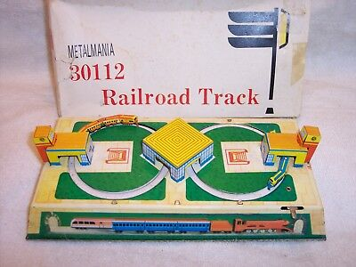Metalmania  Wind-up  Railroad  Track  Stamped Metal  Toy  #30112