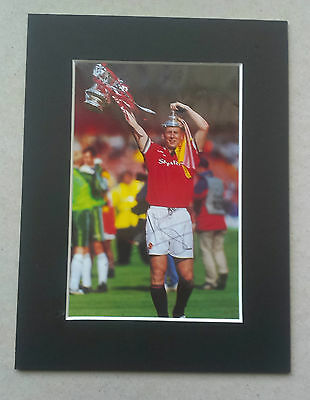 Japp Stam 1998 - 2001 - Manchester United Signed Mounted Picture - Holland Star
