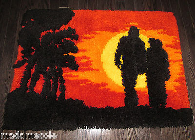 """Vintage Completed  Latch Hooked Rug  """"lovers""""   35"""" X 26"""""""