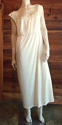 Vintage Palby Lingerie Cream Size Medium Nightgown