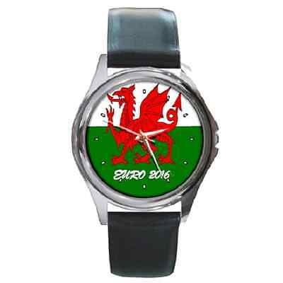 **new** Wales Cymru Welsh Pride Euro 2016  Wristwatch - Great Gift Item