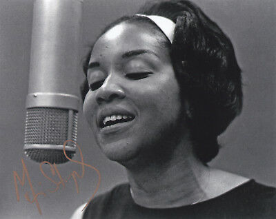 Mavis Staples Signed Autographed Jazz Music 8X10 Photo  Exact Proof #2
