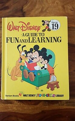 Walt Disney Bantam book - a guide to fun and learning (Volume 19)(1984)