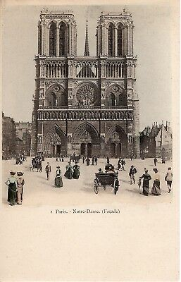 Paris NOTRE DAME Facade Castle Gate Car Vintage Picture Postcard