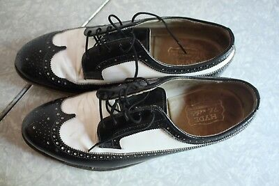 Vintage 1970s Hyde Spectator Wingtip Bowling Shoes Swing 8.5 D Leather B&W