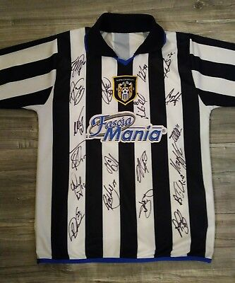 Signed Notts County Retro Shirt. Adults Shirt Signed by the NEW 2017/18 Squad