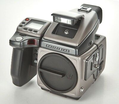 Hasselblad H1 body/Phase One H101 P21 camera digital back