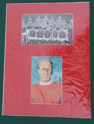 "BOBBY CHARLTON - SIGNED PICTURE IN 16"" x 12""  MOUNT MANCHESTER UNITED 1968 ECF"