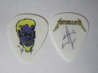 "Metallica James Hetfield ""World Magnetic Tour Zombie '11"" RARE signature pick"
