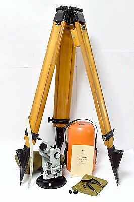 Theodolite 2T30P with Wooden Tripod Russian