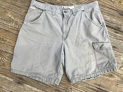COLUMBIA Mens Utility or Carpenter Shorts Medium Green 40 x 9 VG Condition