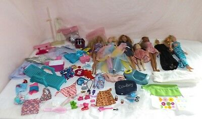 HUGE LOT of 1999 Barbie Dolls Clothes Accessories & More