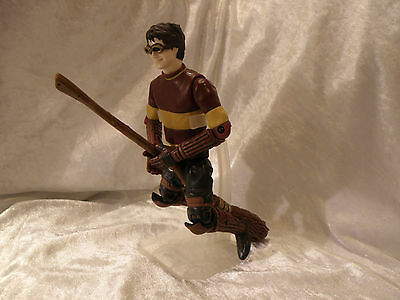 """Harry Potter Quidditch Prisoner Of Azkaban 8"""" With Broom And Stand Ex Cond"""