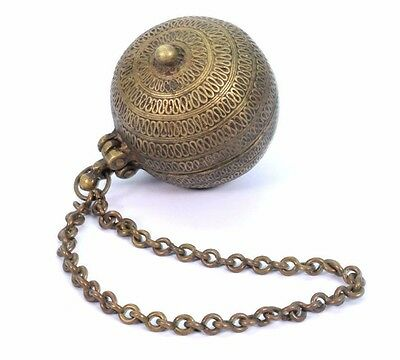 Antique collectible Old Ethnic Brass Betel Lime Chuna-Dani Box With Chain. G78-5