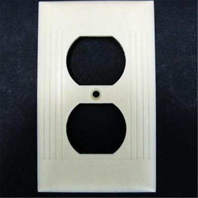 Mid Century Sierra Uniline Ribbed Ivory Outlet Cover Plate Des Pat 151907