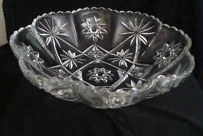 Early American Prescut/Star of David Panel Bowl Excellent Condition!!
