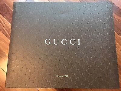 5 Gucci Extra Large and medium fold able boxes for sale, only the box!
