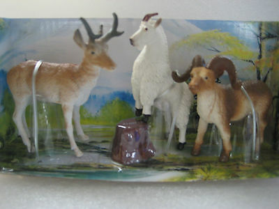 Mountain goat Ram Deer set of 3 Figures Wide Life by New Ray