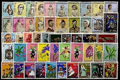 LUXEMBOURG - Lot de 50 timbres neufs** type Caritas