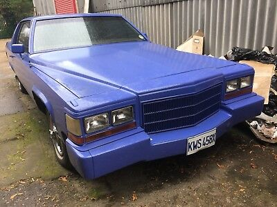 Cadillac coupe deville 1982 4.1 v8 needs some work but cool car swap px