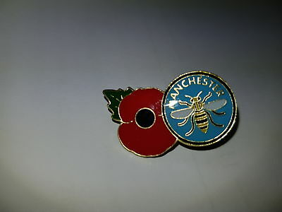 Manchester Poppy Bee pin