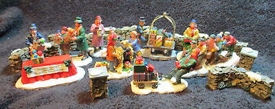 Lemax Christmas Village People, lot of 17 miniature figures & pieces