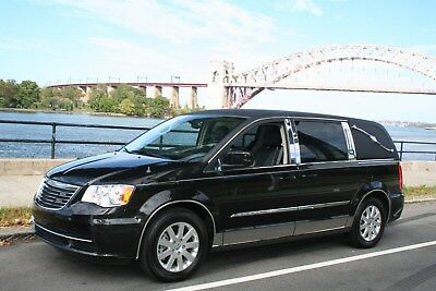 2016 Chrysler Hearse/1st Call Car/Funeral Service  Hearse/1st Call/Funeral Service