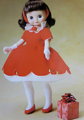 """8 in Tiny Betsy McCall """"HAS A HAPPY HOLIDAY"""" TONNER doll -NEVER REMOVED PRISTINE"""